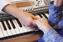 PianoHandsCloseUp